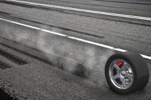 Der einzuhaltende Abstand hängt vom Bremsweg ab. Je schneller Sie fahren, desto länger wird er.