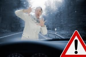 Wird der Abstandswarner mit einem Notbremsassistenten verbunden, kann ggf. eine Gefahrenbremsung eingeleitet werden.