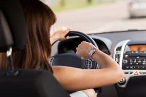 Für Aggressionen im Straßenverkehr ist oft Zeitmangel verantwortlich.
