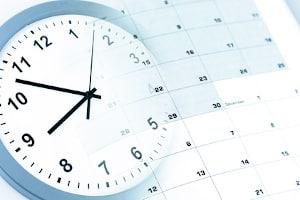 Mit einem Anwalt Akteneinsicht beantragen: Die Dauer, für die er die Akte sichten darf, liegt in der Regel bei vier Wochen.