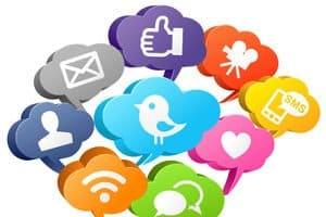 Auch wenn soziale Medien eigene Auflagen haben, muss eine aktuelle Datenschutzerklärung diese dennoch erwähnen