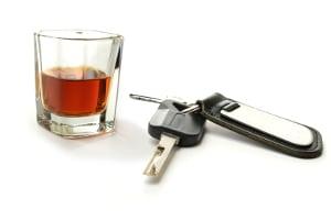 Je nachdem, wie viel Alkohol Sie am Steuer trinken, kann eine Strafe drohen.