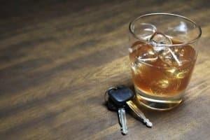 Alkohol am Steuer beeinträchtigt die Verkehrssicherheit.