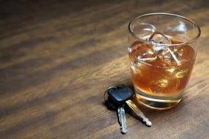 Haben Sie ein tiefgehendes Alkoholproblem, können Sie eine MPU ohne Abstinenznachweis bestehen.