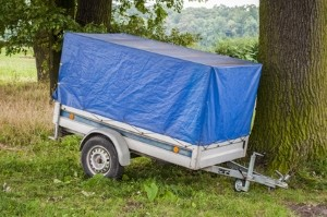 Ein Anhänger schafft zusätzlichen Stauraum, wenn der Kofferraum nicht genügt