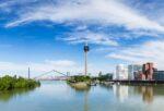Einen Anwalt in Düsseldorf, der auf Verkehrsrecht spezialisiert ist, finden Sie hier.