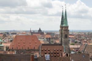 Hier finden Sie einen Anwalt in Nürnberg, der im Verkehrsrecht bewandert ist.