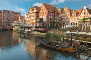 Hier finden Sie einen Anwalt für Verkehrsrecht in Lüneburg.
