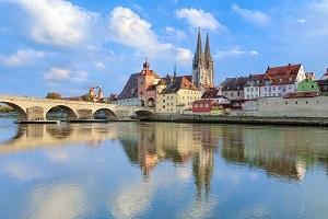 Finden Sie hier den richtigen Anwalt für Verkehrsrecht in Regensburg.