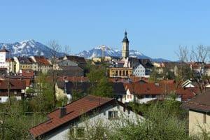 Hier finden Sie einen passenden Anwalt für Verkehrsrecht in Traunstein!