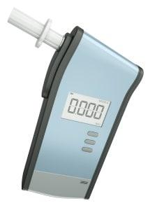 Ein positiver Atemalkoholtest kann zur Anordnung einer MPU mit Drogenscreening führen.