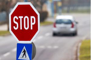 Die Aufstellung von Verkehrszeichen erfolgt immer nach gewissen Richtlinien.