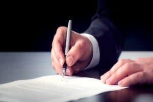 Vom Auskunftsrecht kann laut BDSG jeder mit einem kostenlosen Antrag Gebrauch machen.