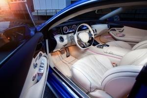 Auto-Cockpit reinigen: Mit unseren Tipps glänzt alles wie neu.