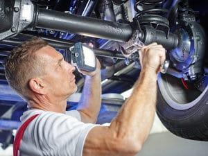Um beim Auto den Fehlerspeicher auslesen zu können, ist ein Diagnosegerät nicht zwingend erforderlich.