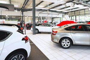 Mit Raten zum neuen Auto: Die Finanzierung als Student ist meist nur mit einem Bürgen möglich.