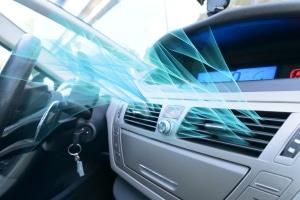 Auto im Sommer kühlen: Mit der Klimaanlage sollten Sie es nicht übertreiben.