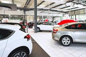 Neues Auto kaufen: Eine Checkliste hilft dabei, keinen wichtigen Punkt zu vergessen.