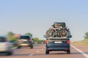 Auf bestimmten Strecken der Autobahn gibt es ein Fahrverbot während der Ferien - dies gilt jedoch nur für Lkw.