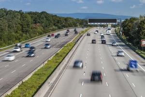 Bei Autobahnfahrten ist die volle Konzentration gefordert.