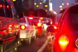 Ein Autounfall in Stuttgart kann häufig zum Stau führen.