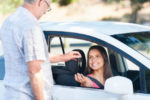 Avis ist eine internationale Autovermietung. Sie können an über 5000 Mietstationen weltweit ein Auto mieten.