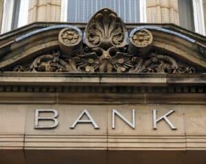 Ihre Bank – möglicher Ansprechpartner bei Fragen zur Fahrzeugfinanzierung.