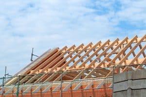 Bei einer Baugenehmigung gilt anstelle von § 28 VwVfG die entsprechende baurechtliche Vorschrift zur Anhörung.
