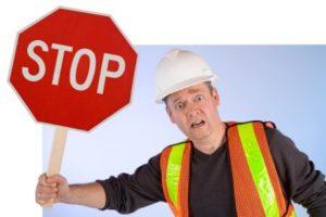 Bei Baustellen ist besondere Obacht geboten – für sich selbst und für Bauarbeiter