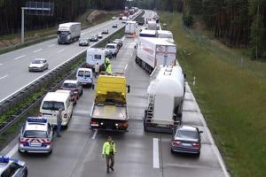 Wurden Sie in Berlin auf der Autobahn in einen Unfall verwickelt, sollten Sie besondere Vorsicht walten lassen.