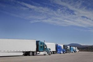 Das Berufskraftfahrerqualifikationsgesetz regelt die Voraussetzung für den Beruf.