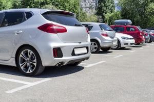 Häufig handelt es sich bei Kundenparkplätzen vor Supermärkten um Besucherparkplätze.