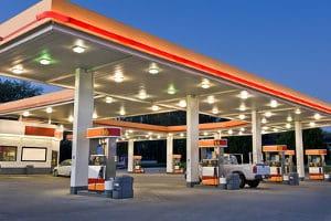Ein Betrug an der Tankstelle kann mit Freiheitsentzug bestraft werden.