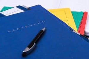 Das BDSG bestimmt, wie Arbeitgeber Bewerberdaten speichern und löschen müssen.