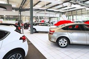Billige Kleinwagen fast neu kaufen: Vorführwagen bieten die Option, zu sparen.