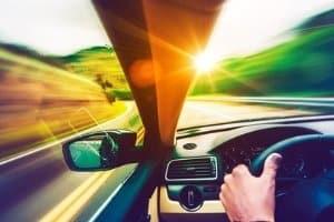 Ist die App von Blitzer.de legal oder illegal? Als Beifahrer sind Sie auf der sicheren Seite.