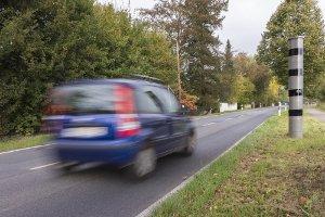 Blitzer in NRW decken Geschwindigkeitsüberschreitungen auf.
