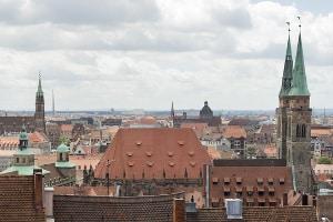 Blitzer in Nürnberg sollen Temposünder überführen.