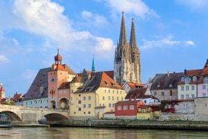 Temposünder werden durch die Blitzer in Regensburg zur Kasse gebeten.
