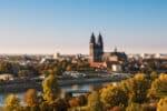 Durch Blitzer in Sachsen-Anhalt können Geschwindigkeitsüberschreitungen aufgedeckt werden.
