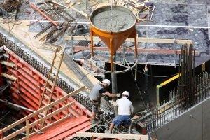 Bei der Brücken-Sicherheit ist laut Prüfung von Experten auch entscheidend, ob Beton oder Stahl verbaut wurde.