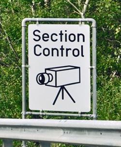 Bei einer Brückenabstandsmessung kommen Videokameras und das menschliche Auge zum Einsatz.