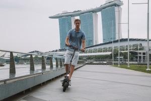Der Bundesrat verbannt die E-Scooter von den Gehwegen.