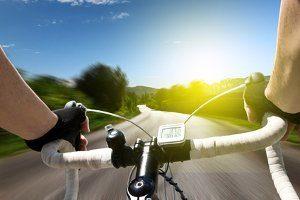 Für gewöhnlich darf auf einer Bundesstraße das Fahrrad benutzt werden.