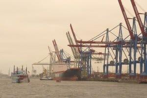 Das Bundeswasserstraßengesetz ist Teil des Schifffahrtsrechts in Deutschland.