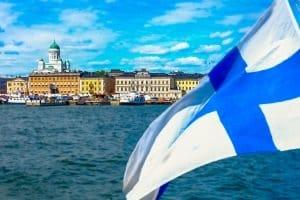 Urlauber sollten wissen, dass ein Bußgeld aus Finnland in Deutschland vollstreckbar sein kann.