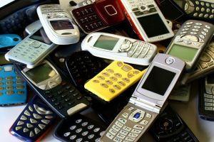 Handy am Steuerwird mit einem Bussgeld belangt