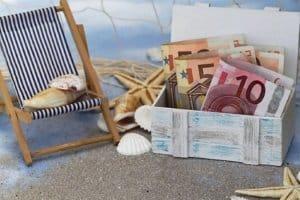 Ein Bußgeld folgt bei Souvenirs aus dem Urlaub, wenn es sich um bedrohte Arten oder Natur- bzw. Kulturgüter handelt.