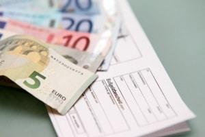 Bei einem Bußgeldbescheid aus Spanien wird pünktliches Bezahlen rabattiert.
