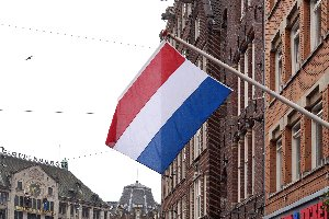 Was droht laut Bußgeldkatalog bei einer Geschwindigkeitsüberschreitung in Niederlande?